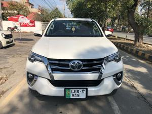 Toyota Fortuner Cars For Sale In Lahore Pakwheels