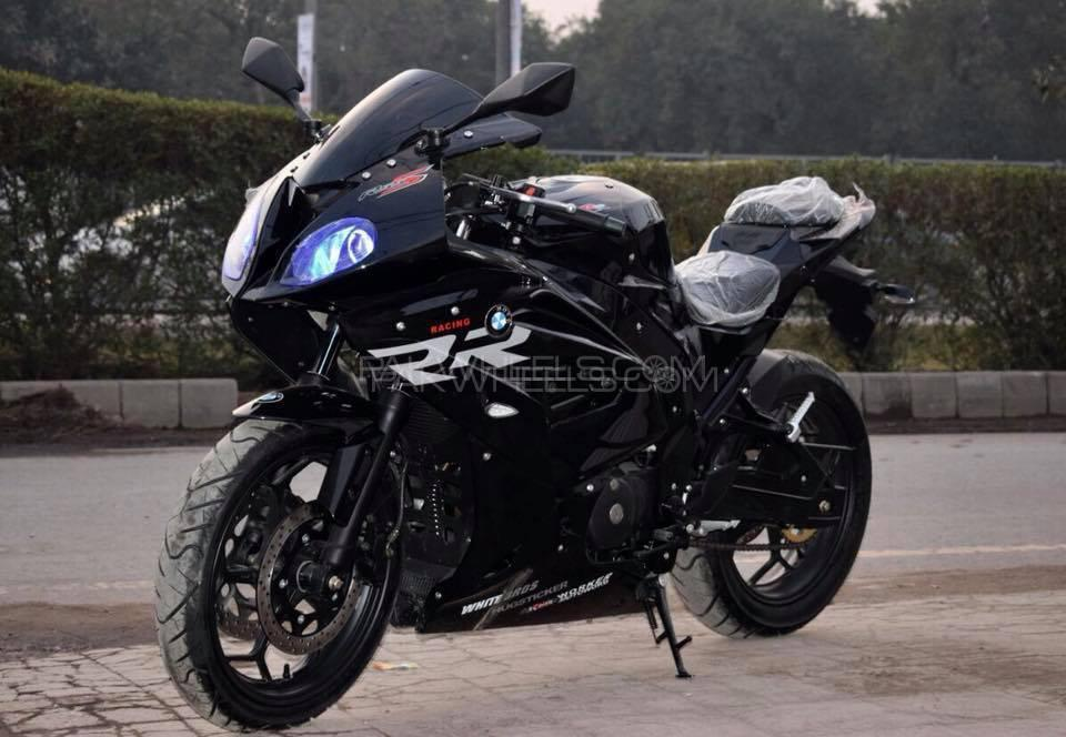 used bmw s1000rr 2019 bike for sale in lahore 236881. Black Bedroom Furniture Sets. Home Design Ideas