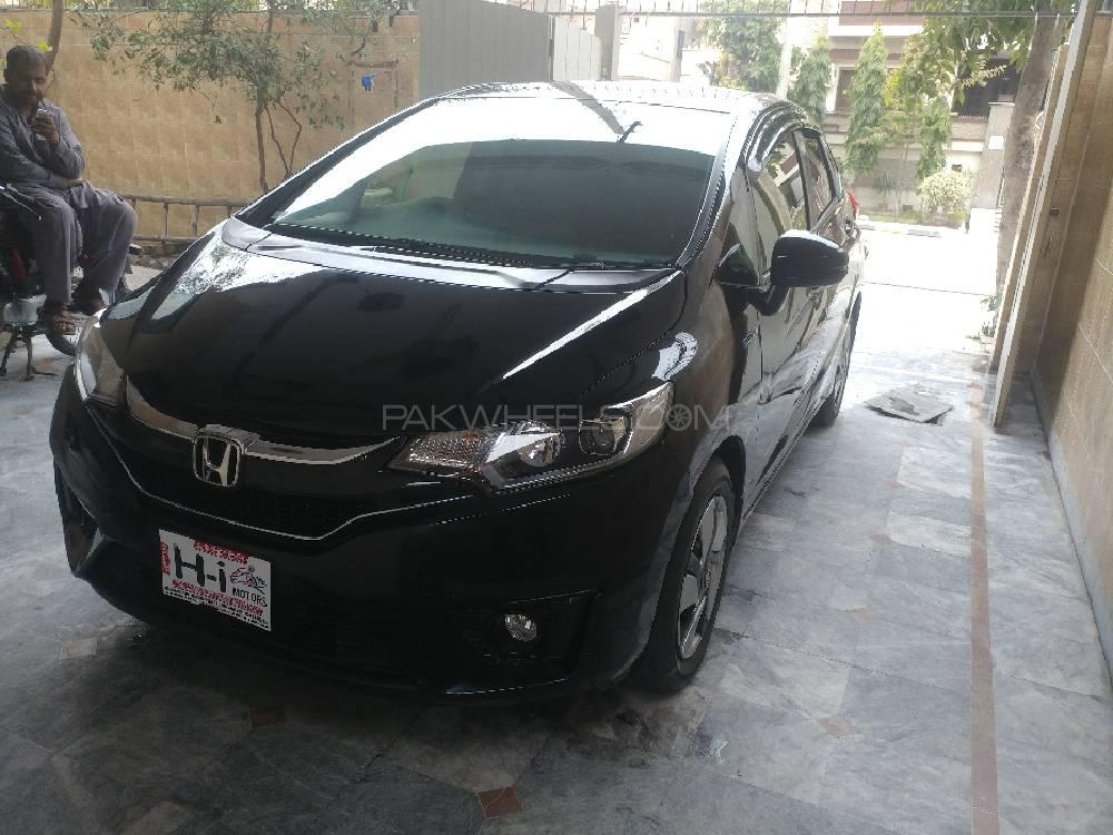 Honda Fit 1.5 Hybrid L Package 2015 Image-1