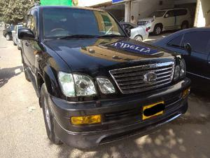 TOYOTA  LX 470  CYGNUS  V8 , BLACK 2005 MODEL REG 2007  ALL ORGNAL FULL HOUSE ,
