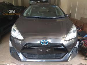 TOYOTA AQUA MODEL 2015 UNREGISTERED MILAGE 85000 COLOR GREY