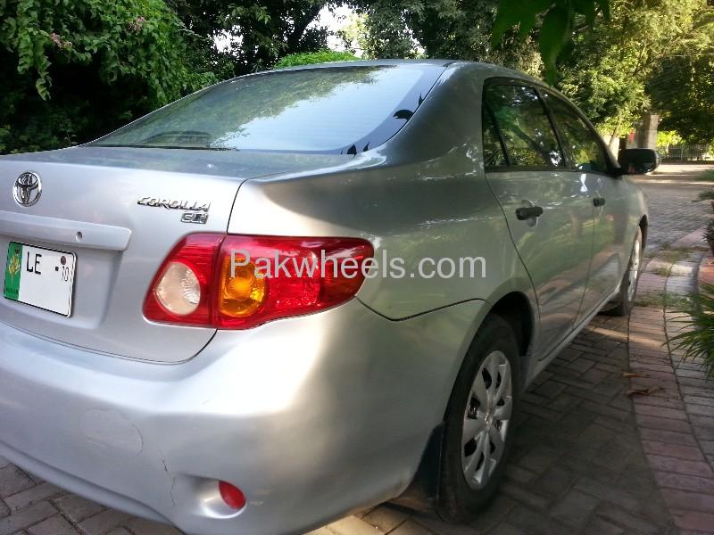 Toyota Corolla GLi 1.3 VVTi 2010 Image-2