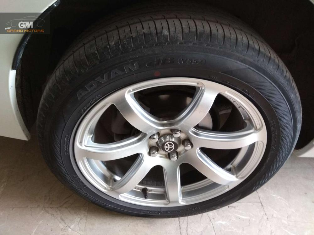 Will be sold to nearest offer. In showroom condition.. Lightweight allow rims. 100% original. Need to sell the car urgently. Call/SMS only during office hours please..