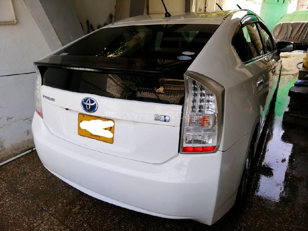 Toyota Prius L 1.8 2009 Image-1