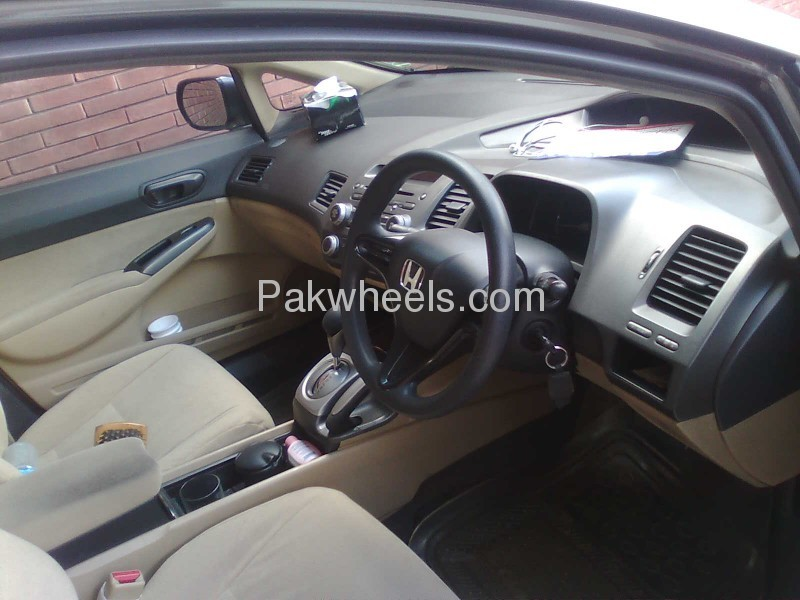 Honda Civic VTi Oriel Prosmatec 1.8 i-VTEC 2008 Image-4