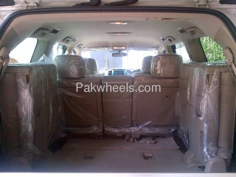 Toyota Land Cruiser AX G Selection 2008 Image-4