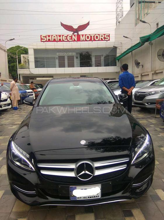 mercedes benz c class c180 2015 for sale in lahore pakwheels. Black Bedroom Furniture Sets. Home Design Ideas