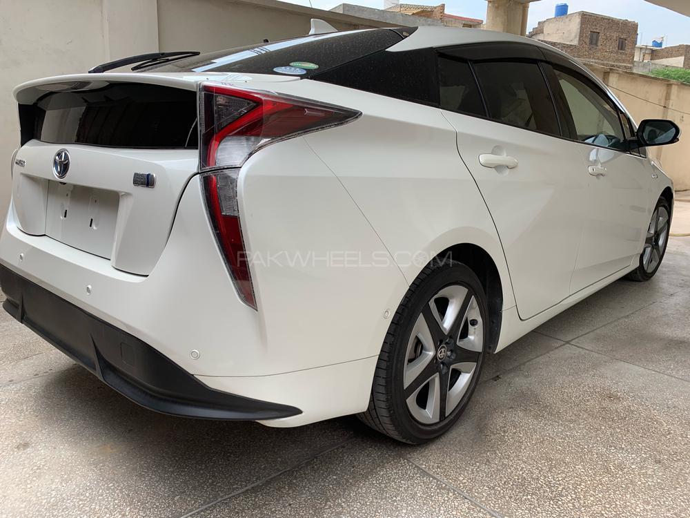 Toyota Prius A Premium Touring Selection 2016 Image-1