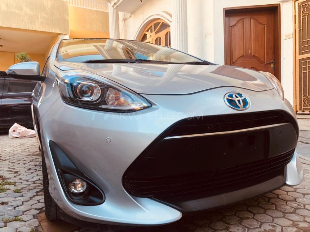Toyota Aqua G 2018 Image-1
