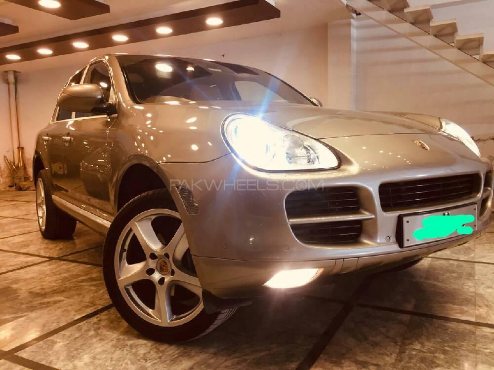 Porsche Cayenne 2006 Image-1