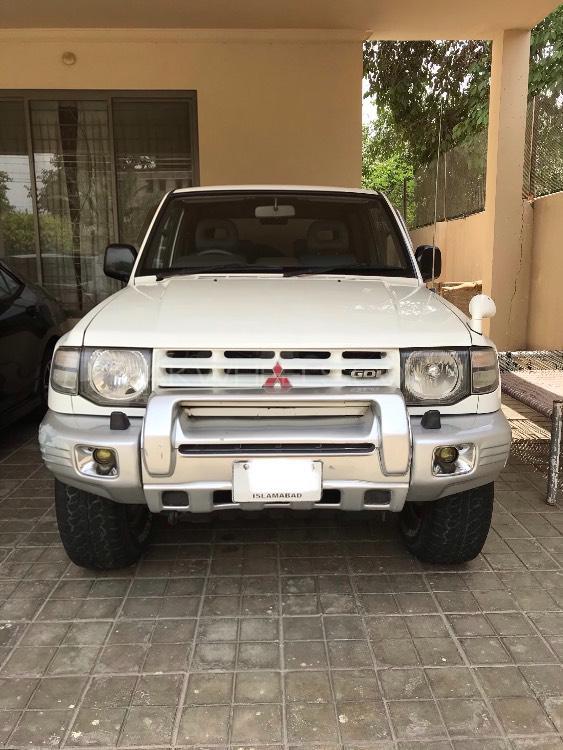Mitsubishi Pajero Exceed 3.5 1997 Image-1