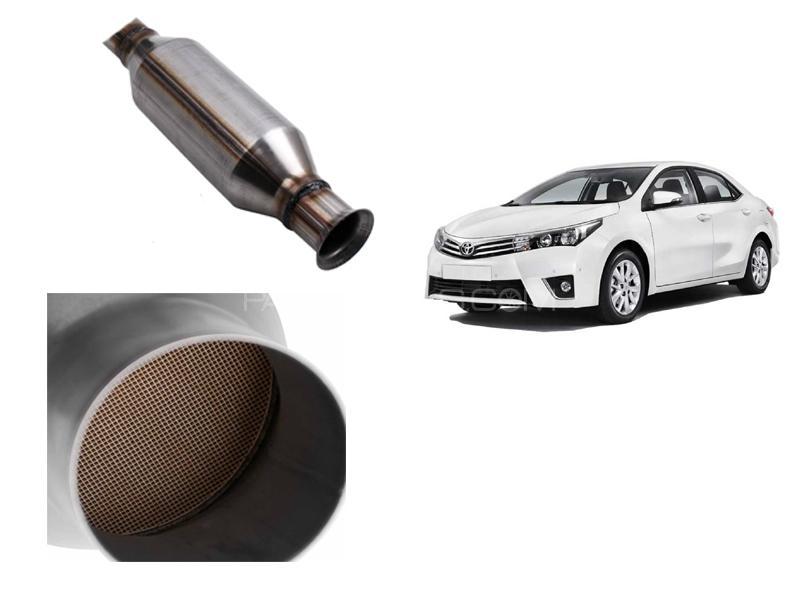 Catalytic Converter With Collar For Toyota Corolla 2014-2019 in Faisalabad