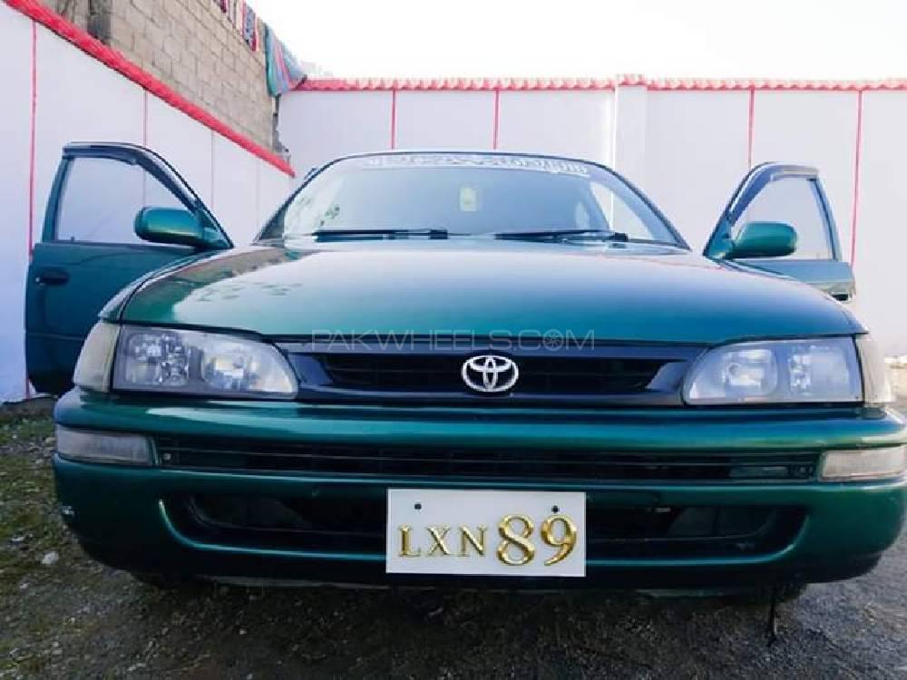 Toyota Corolla 2.0D 2000 Image-1