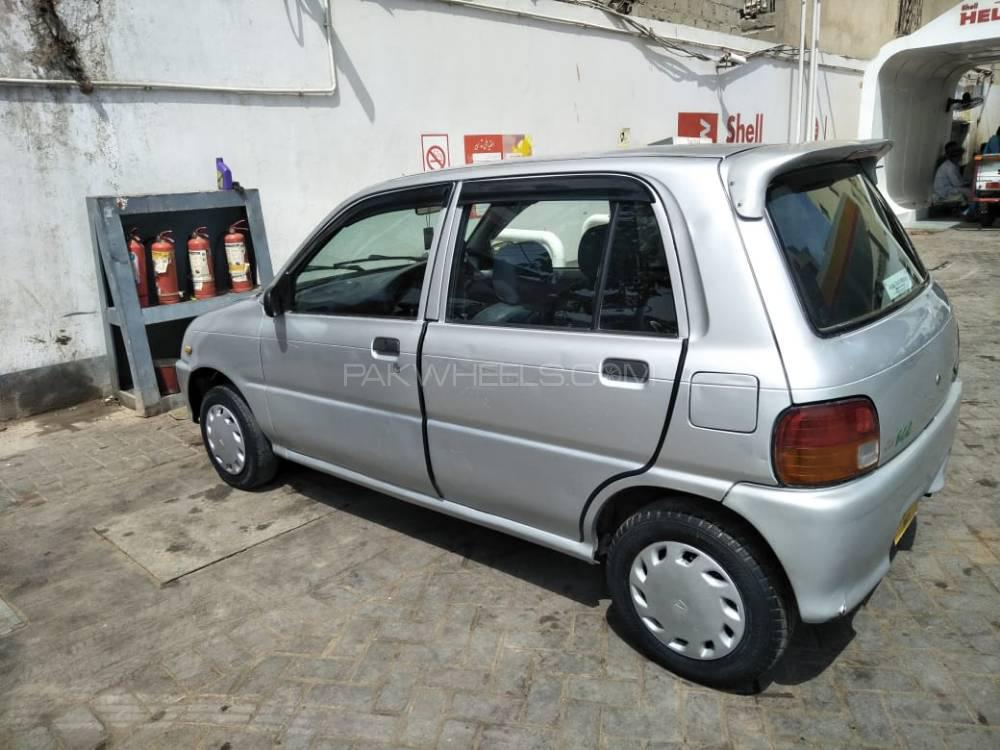 Daihatsu Cuore 2010 Image-1