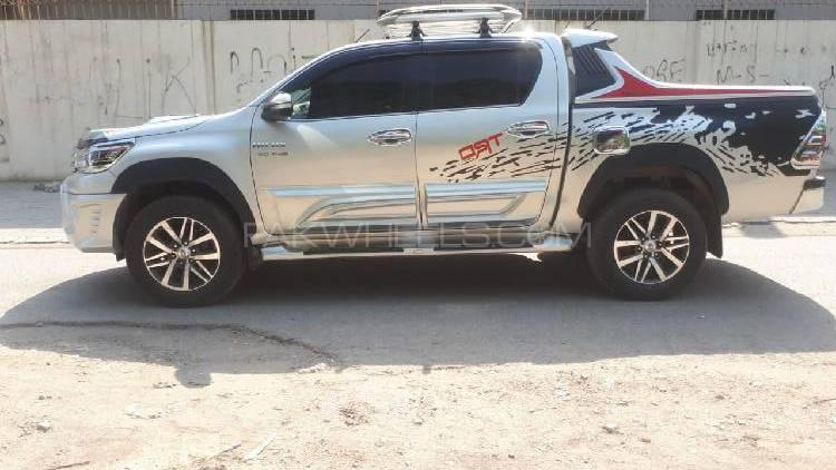 Toyota Hilux 2017 >> Toyota Hilux Revo V Automatic 3 0 2017 For Sale In Lahore Pakwheels