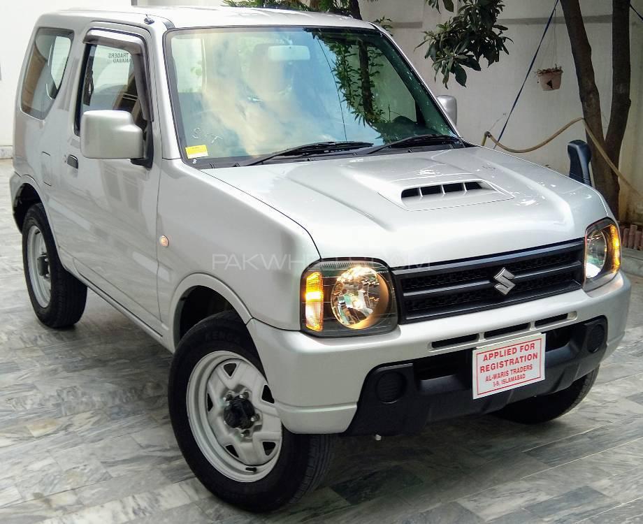 Suzuki Jimny JLX 2013 Image-1