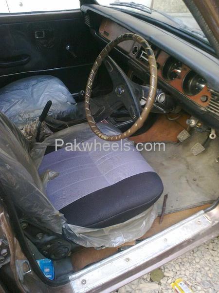 Toyota Corolla 1974 Image-9
