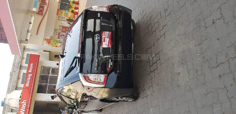 Toyota Prius S Touring Selection 1 8 2013 for sale in Lahore | PakWheels
