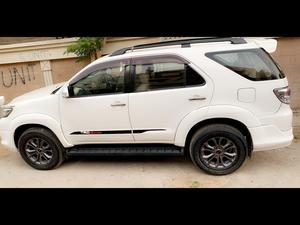 White Fortuner 2014 Cars for sale in Pakistan - Verified Car