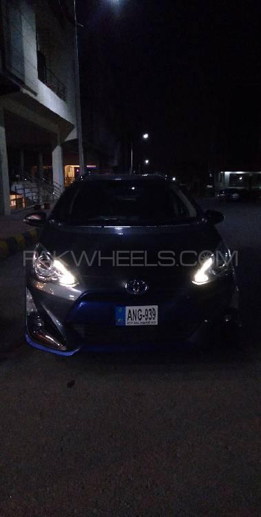 Toyota Aqua X Urban Solid 2015 Image-1