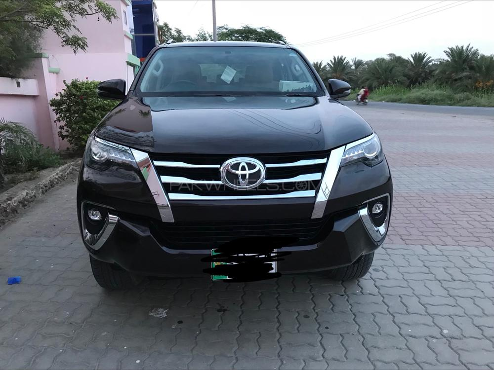 Toyota Fortuner 2018 Image-1