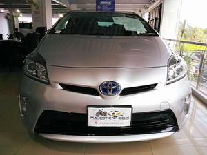 Toyota Prius for sale in Pakistan | PakWheels