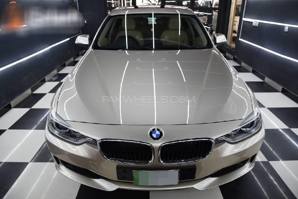 BMW 3 Series 316i 2015 Image-1