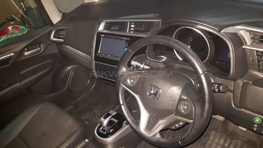 Paragon Honda Service >> Honda Fit 1.5 Hybrid L Package 2015 for sale in Lahore | PakWheels