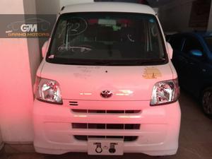 Used Toyota Pixis Van 2014