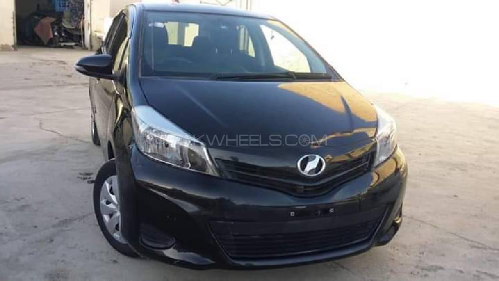 Toyota Vitz 2011 Image-1