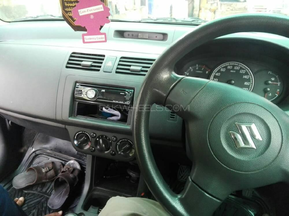 Suzuki Swift DLX 1 3 Navigation 2011 for sale in Islamabad | PakWheels