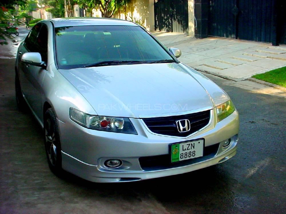 Honda Accord CL7 2003 Image-1