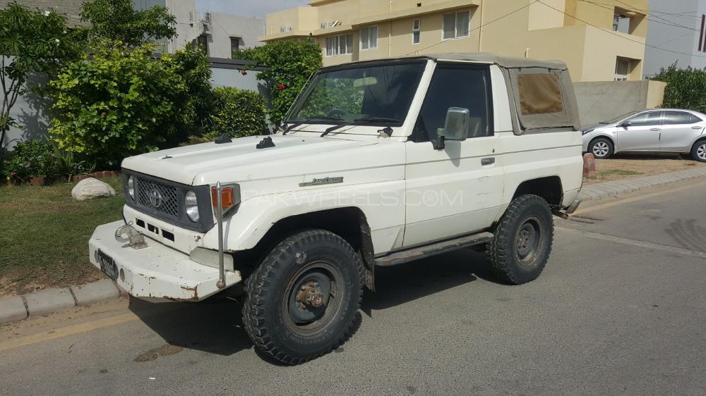 Toyota Land Cruiser RKR 1986 Image-1
