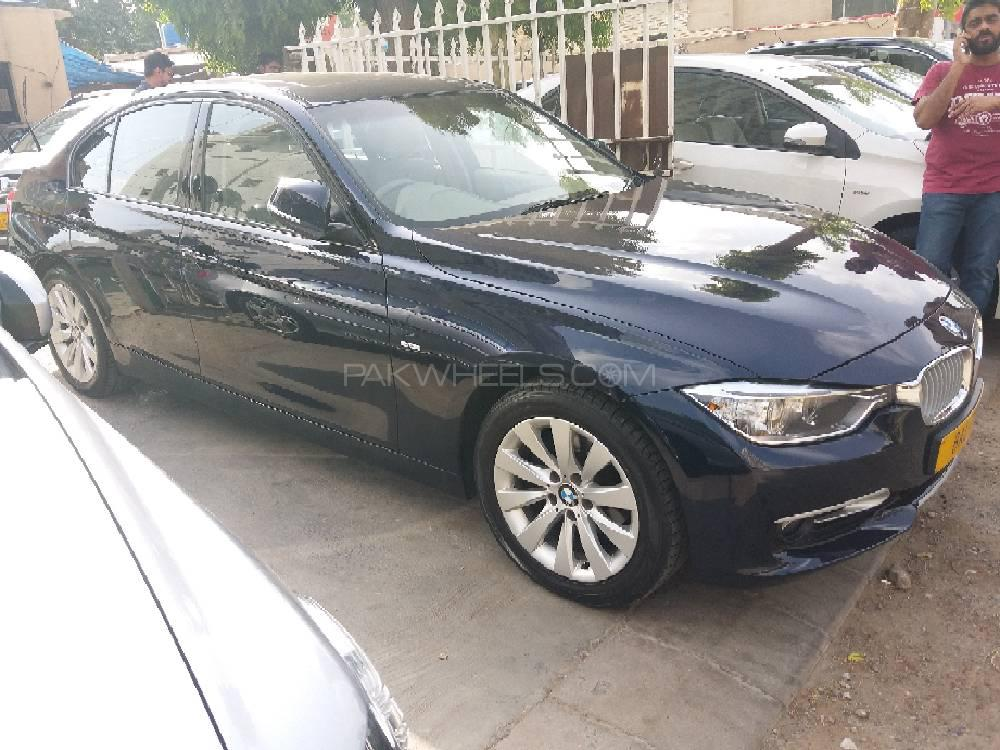 BMW 3 Series 316i 2013 Image-1