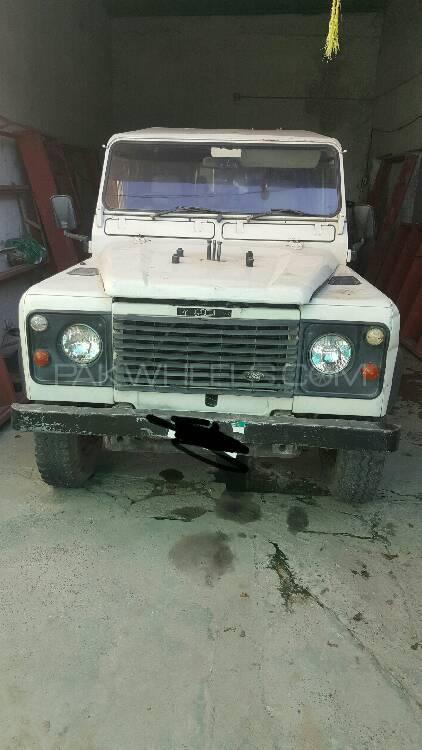 Land Rover Defender 110 SW 1990 Image-1