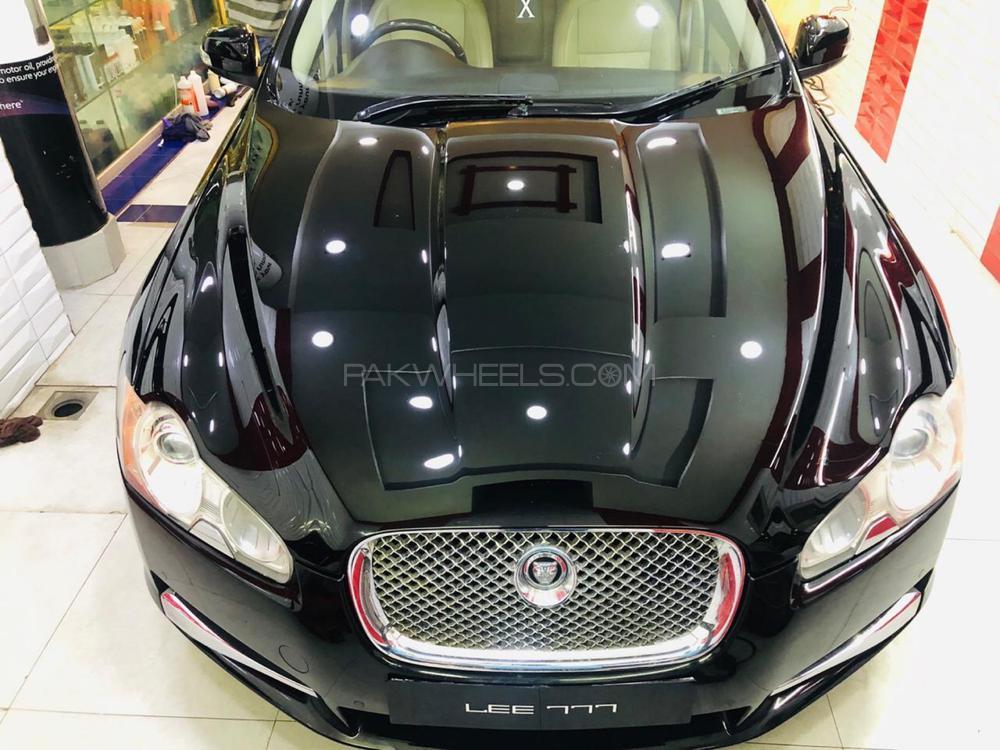 Jaguar XF 3.0 V6 Premium Luxury 2009 Image-1