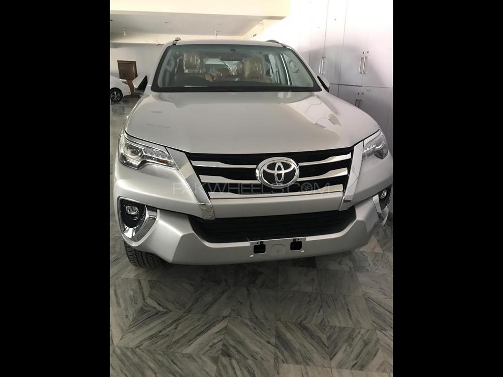 Toyota Fortuner 2 7 VVTi 2019 for sale in Lahore | PakWheels