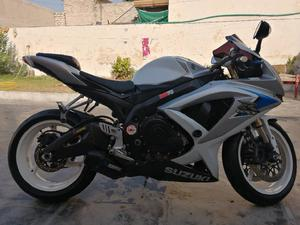 Heavy Bikes for sale in Pakistan - Verified Bike Ads | PakWheels