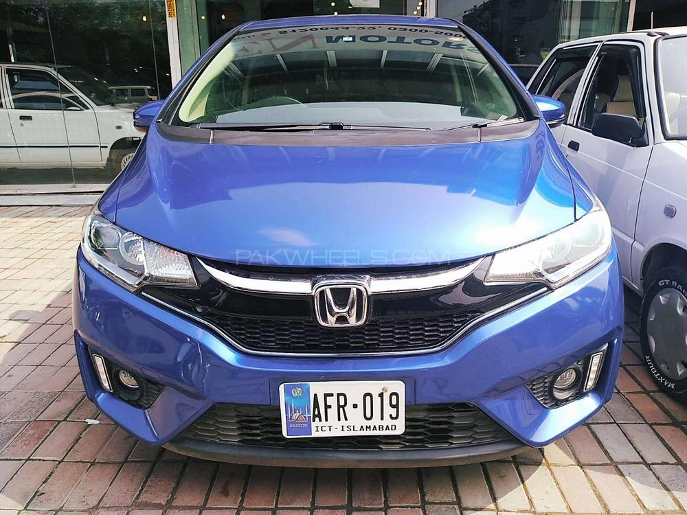 Honda Fit 1.5 Hybrid Base Grade  2017 Image-1