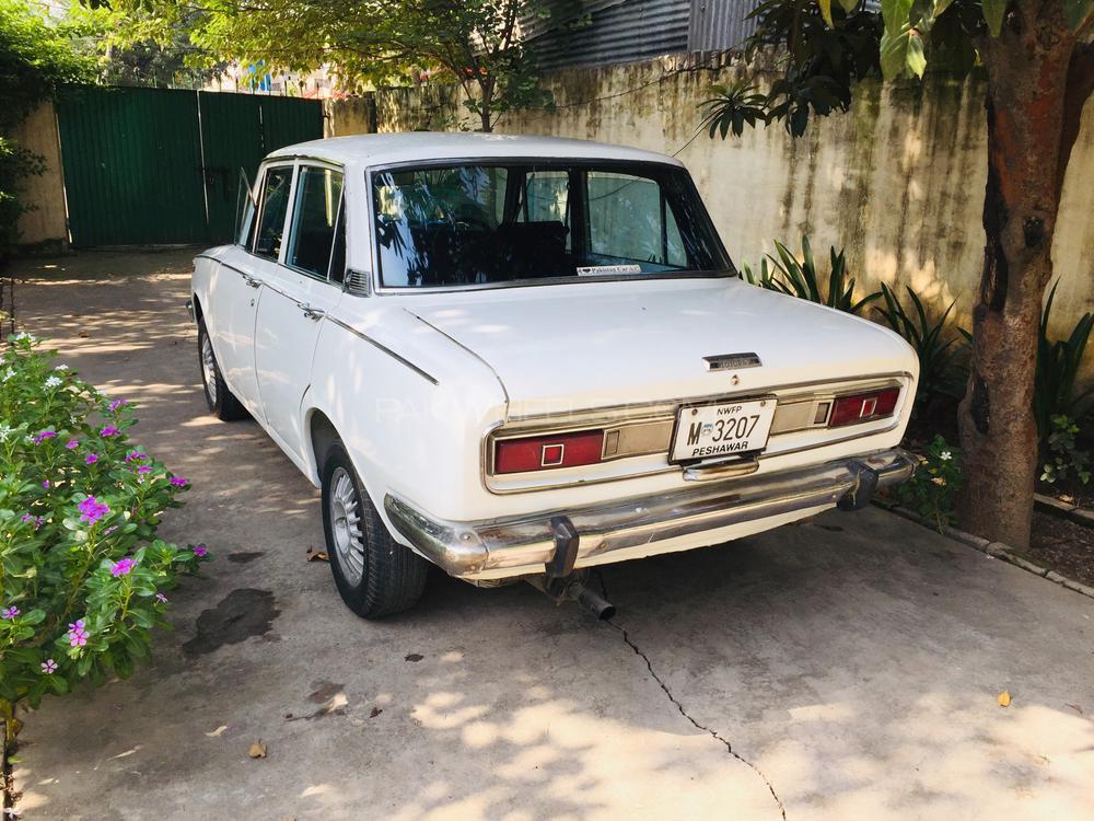 Toyota Corona 1969 Image-1