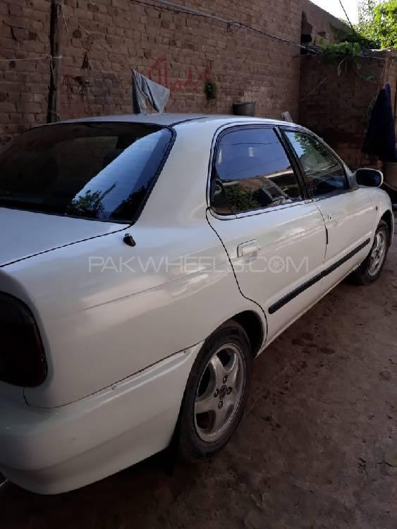 Suzuki Baleno 2003 Image-1