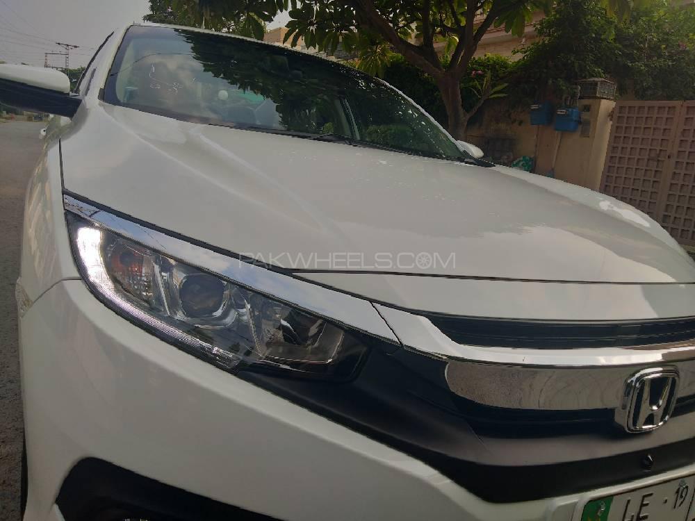 Honda Civic VTi Oriel Prosmatec 1.8 i-VTEC 2019 Image-1