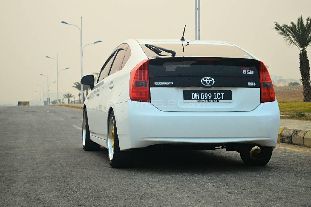 Toyota Prius - 2011 DAPPER Image-1