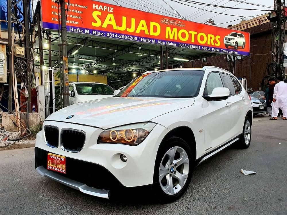 BMW X1 sDrive18i 2011 Image-1