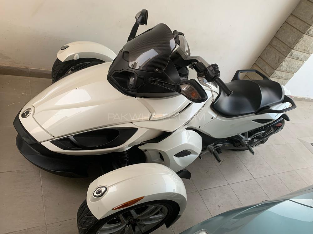 Can-am spyder RS SM5 2014 Image-1