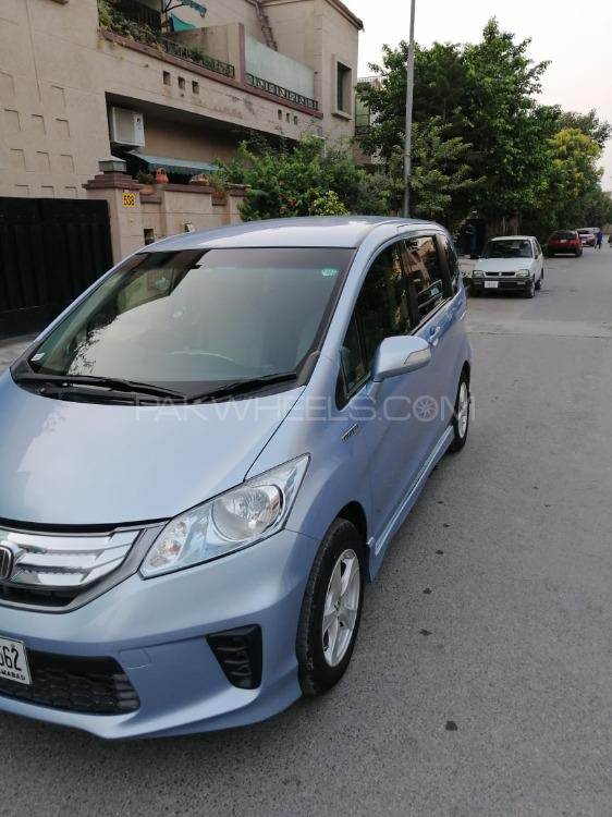 Honda Freed + Hybrid B 2012 Image-1