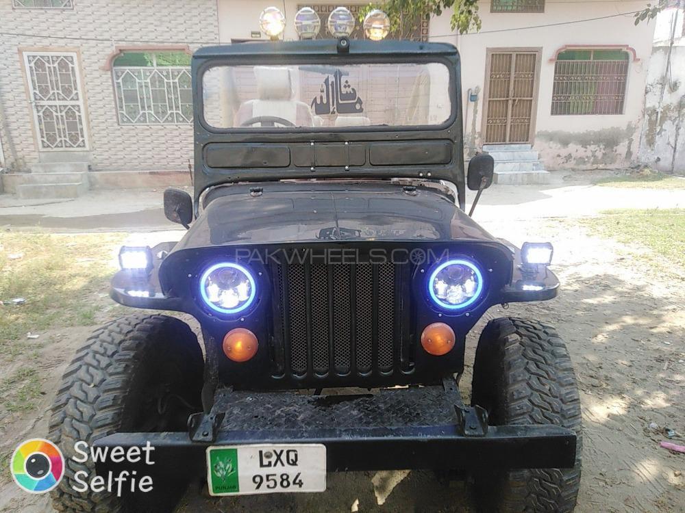 Jeep Commander 5.7 V8 Hemi 1950 Image-1