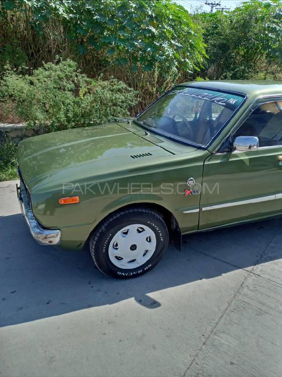 Toyota Corolla 2.0D 1976 Image-1