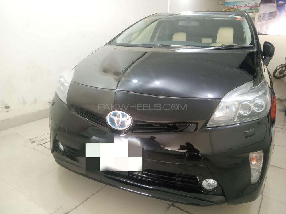 Toyota Prius G Touring Selection 1.8 2012 Image-1