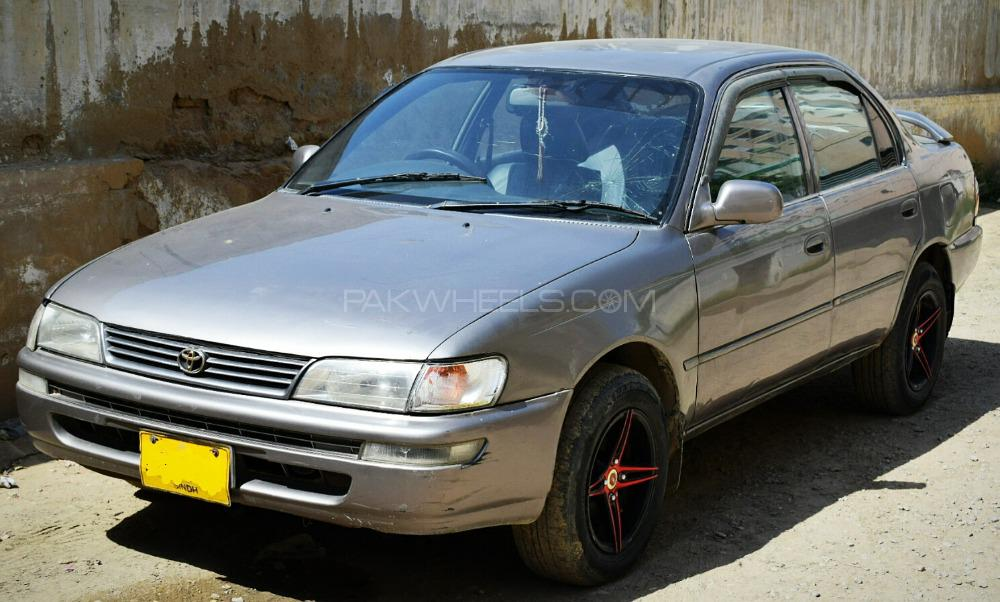 Toyota Corolla 2.0D Limited 2001 Image-1